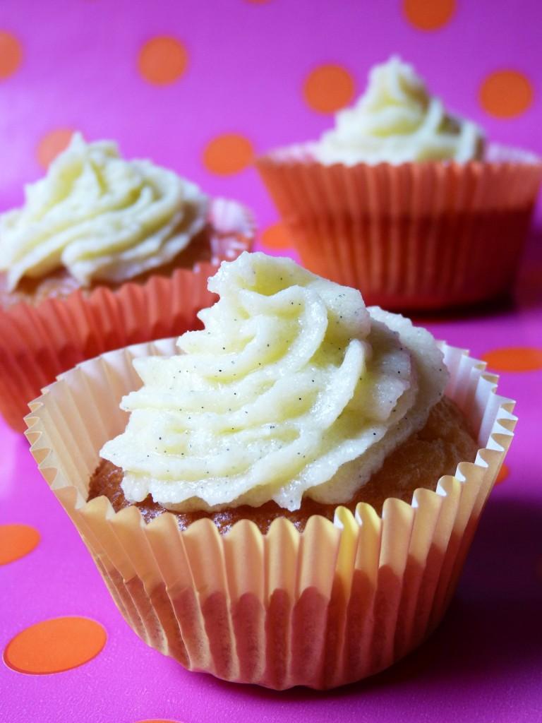 Cupcakes mangue caramélisée vanille 1