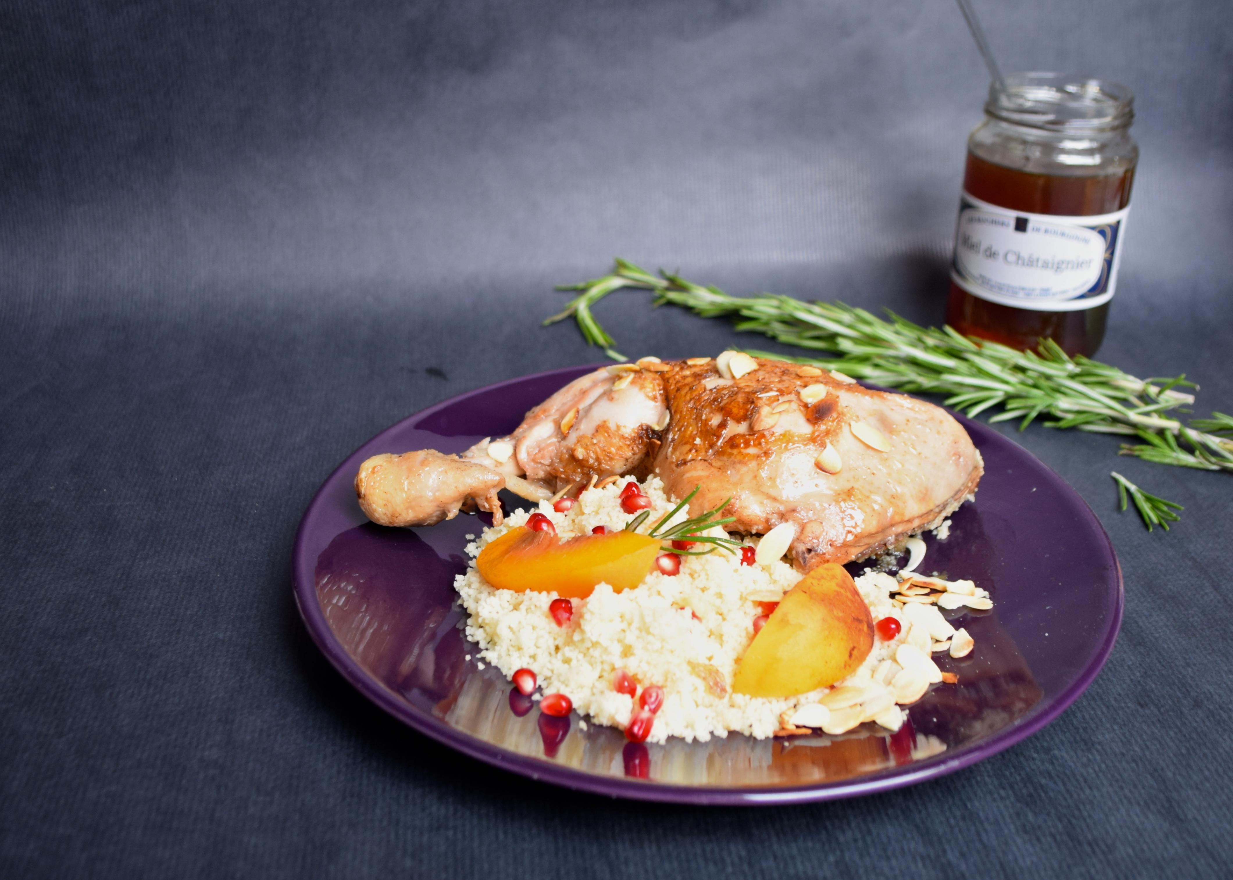 Tajine de poulet au miel et romarin