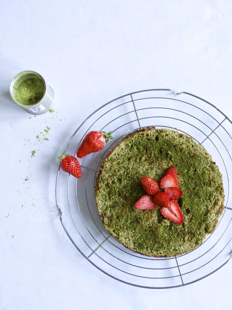 cheesecake thé matcha fraise gariguette vue de haut
