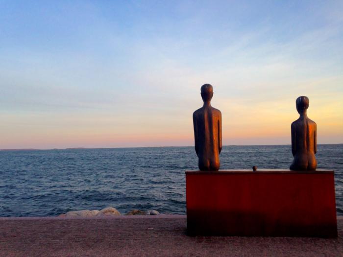 seaside helsinki statue