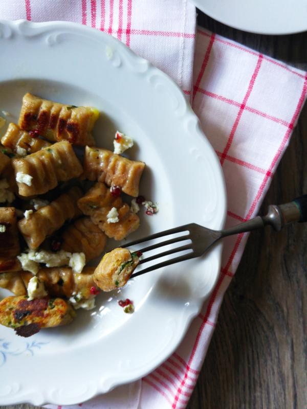 Gnocchis d'épeautre et ail des ours fromage frais mariné