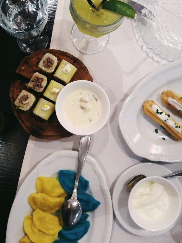 Spotykach ukrainian fusion cuisine kiev ukraine restaurant - Beef stroganoff Varenykys