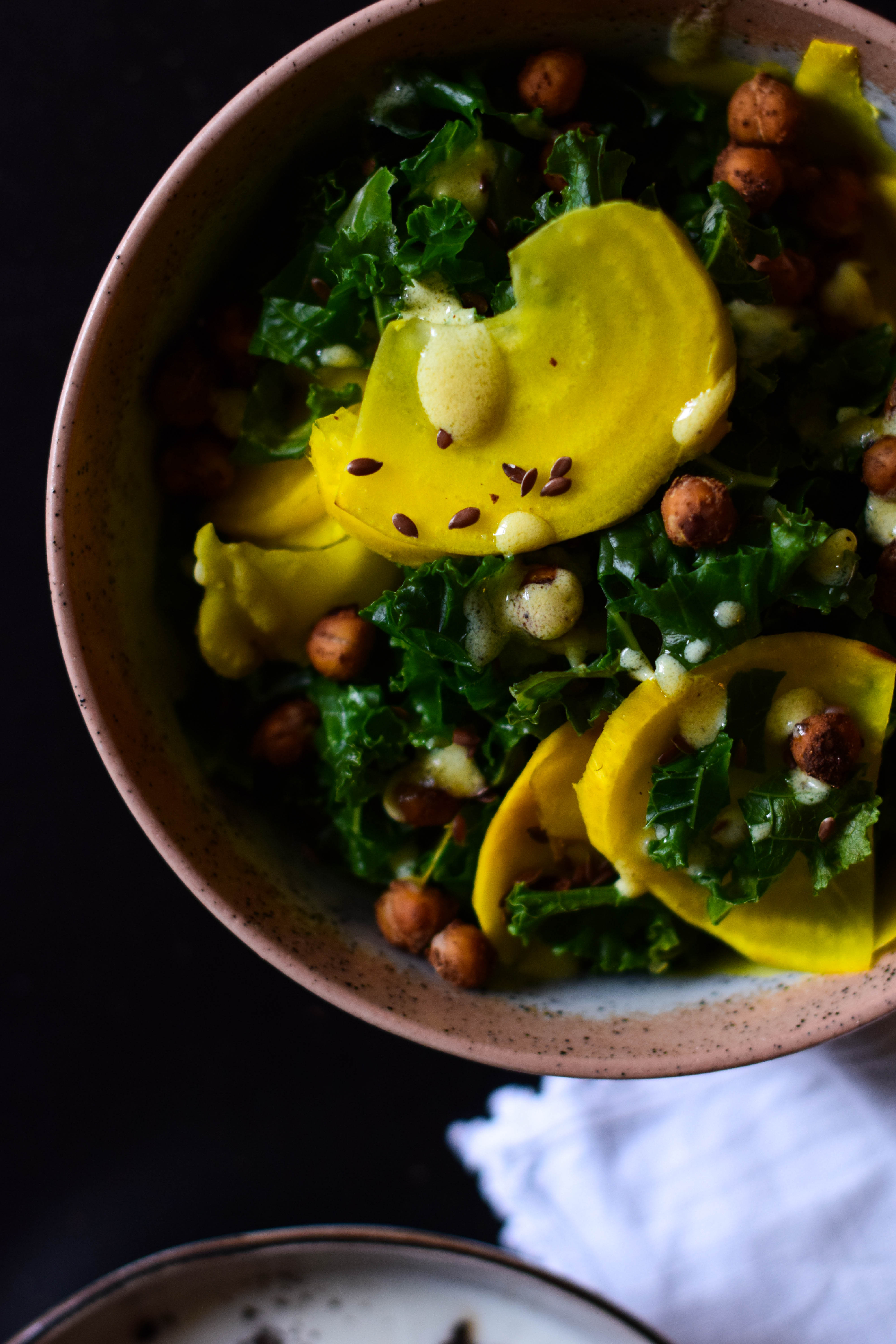 Kale, roasted chickpeas & yellow raw beetroot
