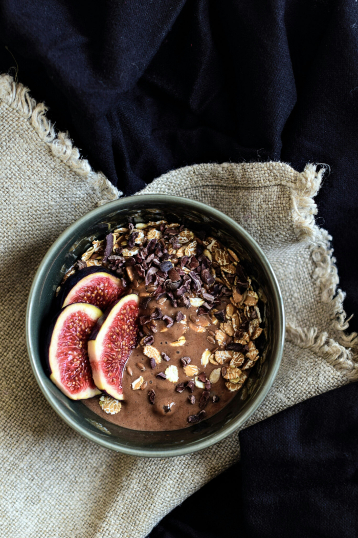 Banana cacao ice-cream bowl