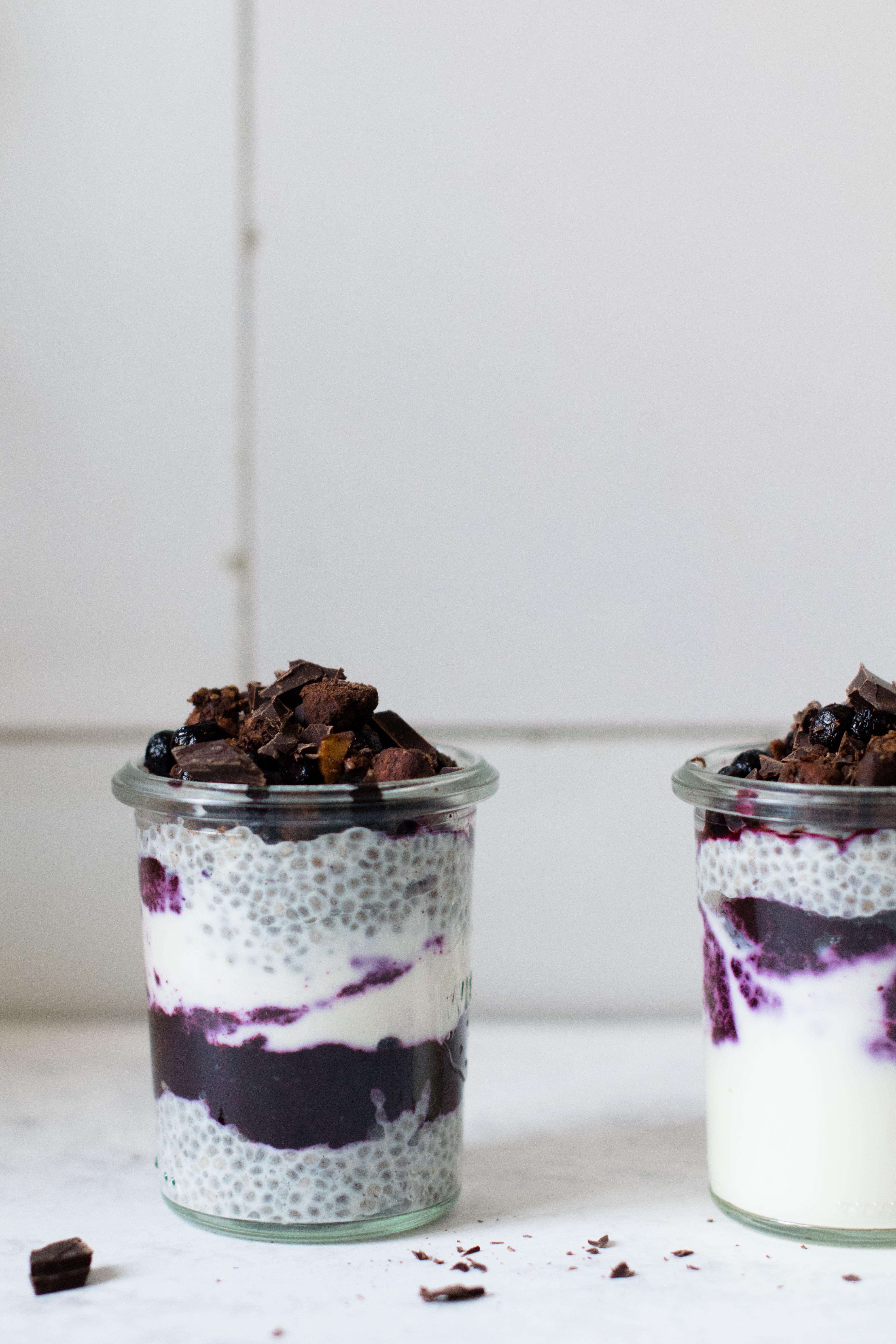 Pudding aux graines de chia & myrtilles