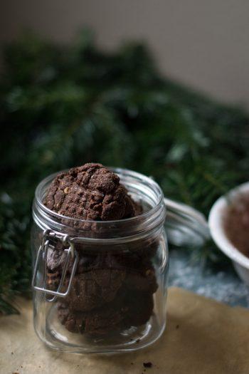 Cookies aux Épices de Noël, Chocolat & Noisettes