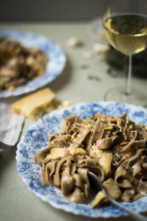 Tagliatelles aux Artichauts & Crème d'Ail au Vin Blanc