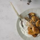 Banane Plantain Caramélisée à la Noix de Coco & Quinoa Rôti