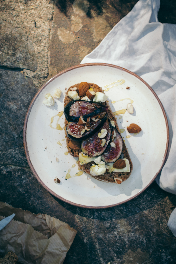 Honey, Goat Cheese & Fig Tartine