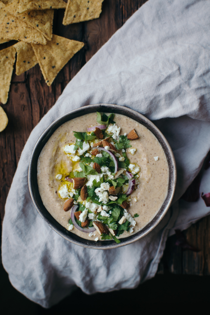 Almond & White Bean Hummus
