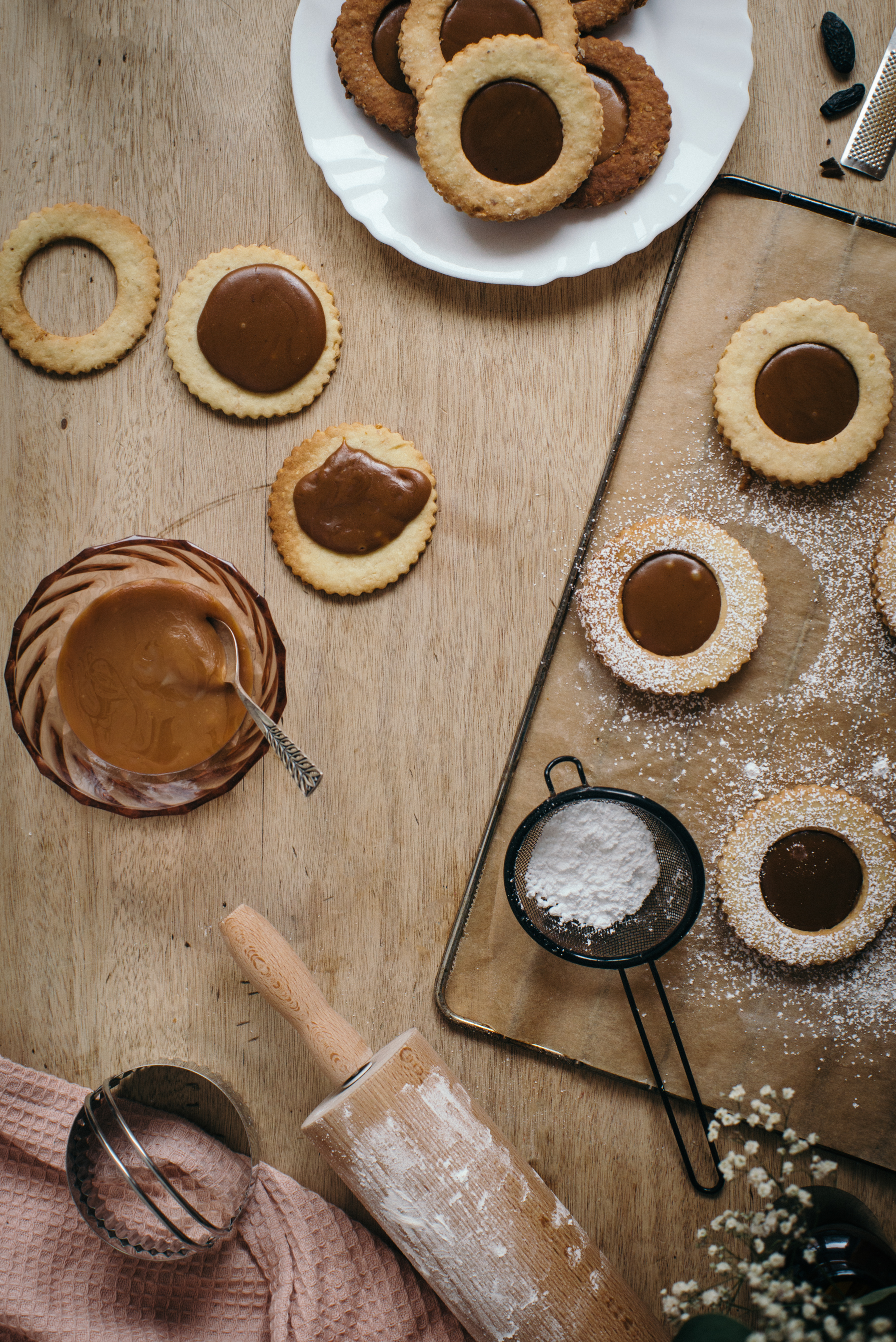 Tonka Linzer Cookies with Salted Butter caramel
